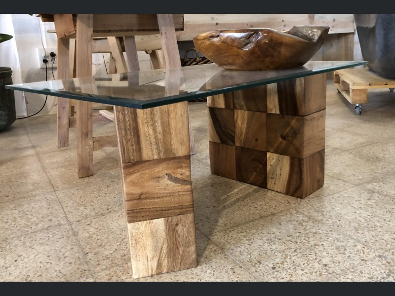 Cube Legs Coffee Table